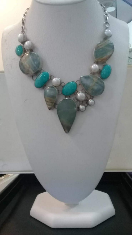 Bild 5: Halskette mit Türkis Perlen und Jaspis