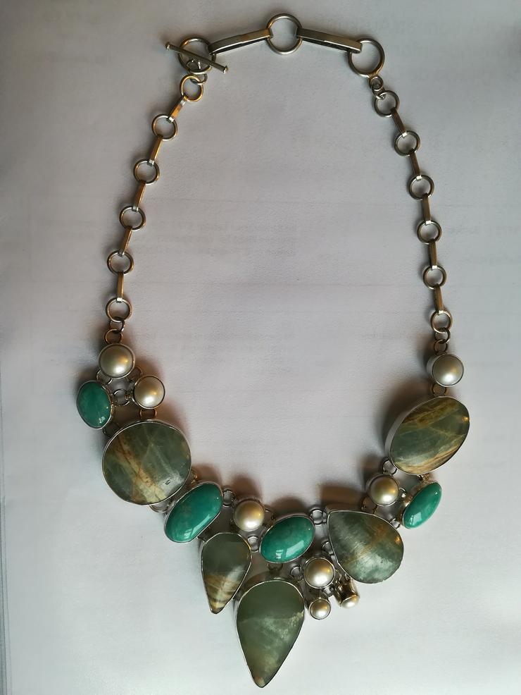 Halskette mit Türkis Perlen und Jaspis  - Halsketten & Colliers - Bild 1
