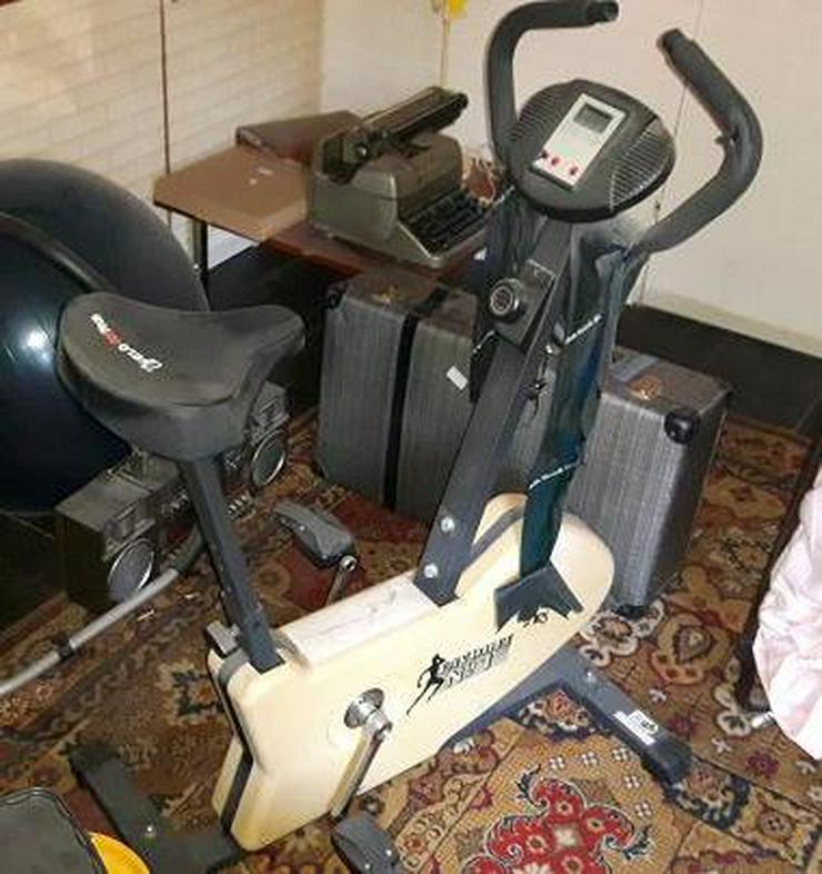 Heimtrainer Ergometer FAVORITE No.1 mit Bordcomputer