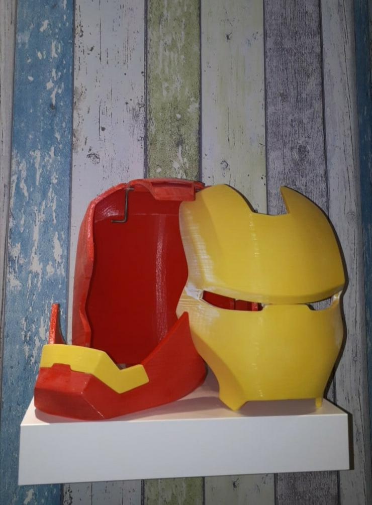 Bild 2: IRONMAN Helm MK3, Maßstab 1:1, ABSOLUTES Einzelstück