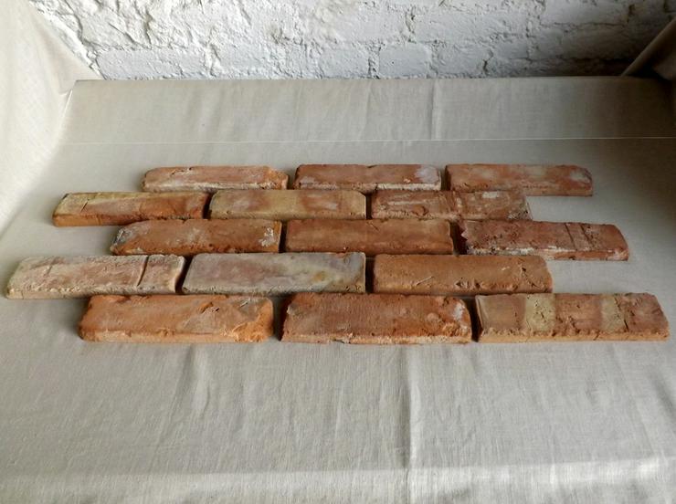 Bild 4: klassisch rote Antike Riemchen Klinkerriemchen Steinriemchen Rückbau Mauerstein ökologische klimaneutral Wandgestaltung Wandpanele rustikal