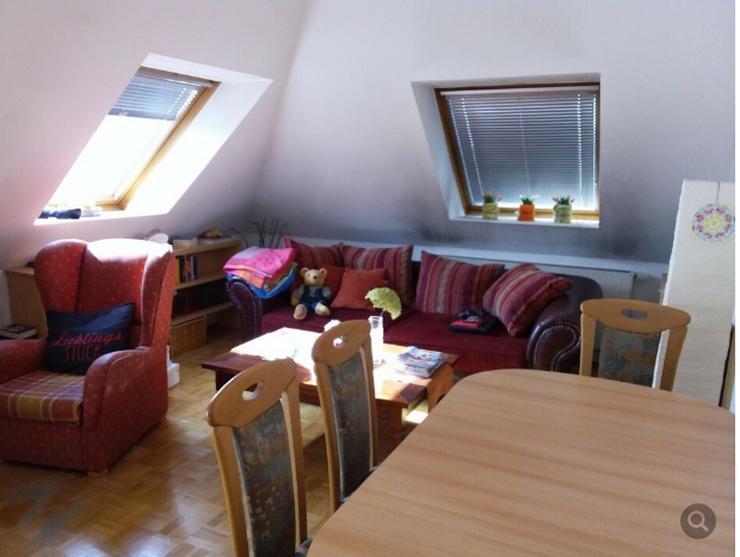 3-Zi-DG-Wohnung in Stadtvilla Berlin Biesdorf von Privat; - Wohnung kaufen - Bild 1