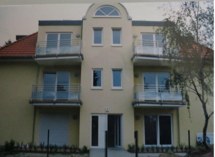Bild 2: 3-Zi-DG-Wohnung in Stadtvilla Berlin Biesdorf von Privat;