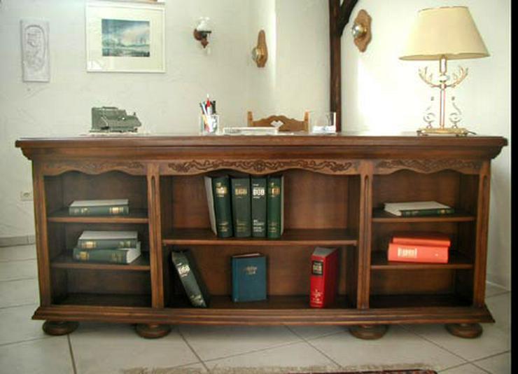 Bild 2: Schreibtisch mit Bücherregal, VOLLMASSIV Eiche