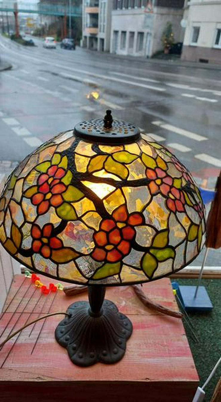 Bild 2: die GLASKUNST WERKSTATT seit 1984 repariert Tiffany Lampen Nrw & die GLASKUNST WERKSTATT seit 1984 & Tiffany Klinik Mülheim & Deko Bleiverglasung Galerie
