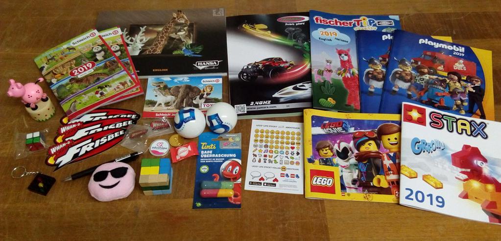 Konvolut Spielzeug+Kataloge
