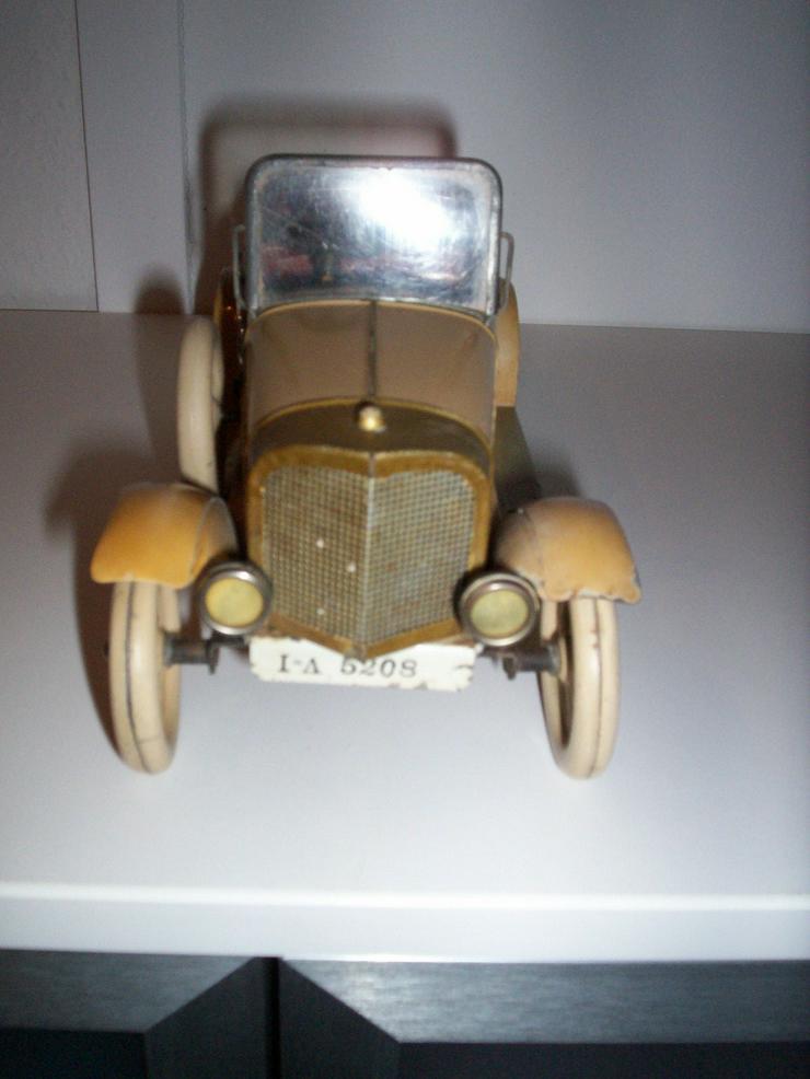 Bild 4: Märklin Auto, aus den 20iger.-Jahren-absoluter