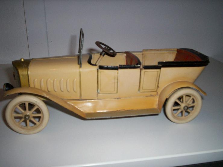 Bild 2: Märklin Auto, aus den 20iger.-Jahren-absoluter