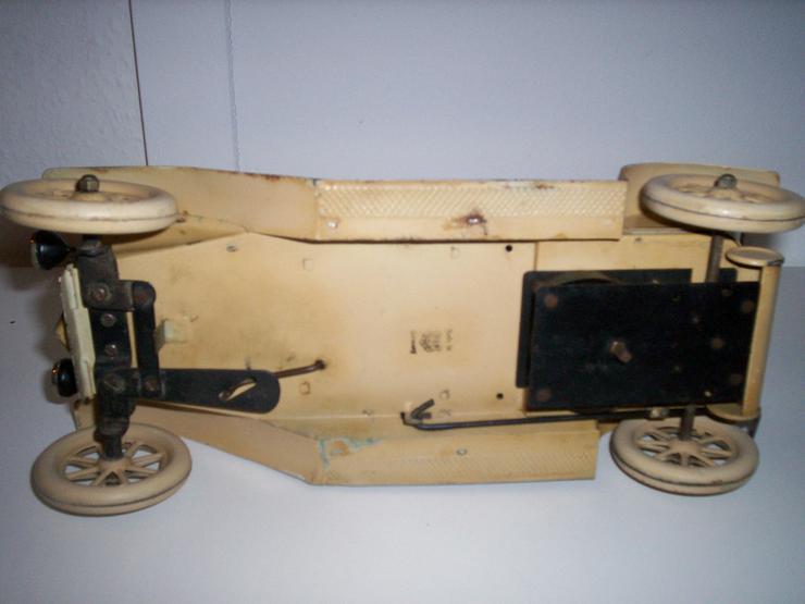 Bild 6: Märklin Auto, aus den 20iger.-Jahren-absoluter