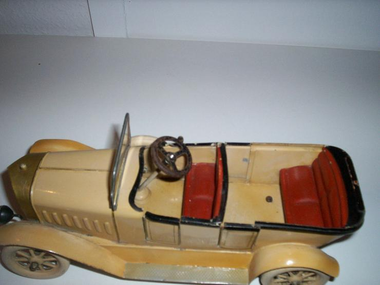 Bild 5: Märklin Auto, aus den 20iger.-Jahren-absoluter