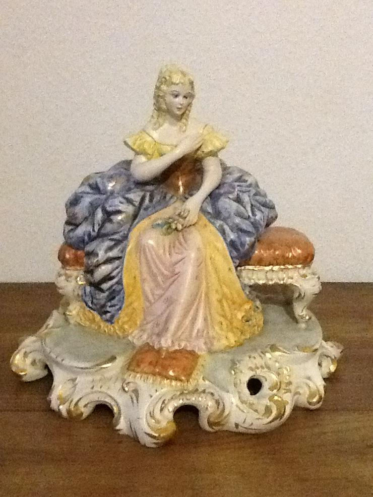Porzellan Figur Frau Barock