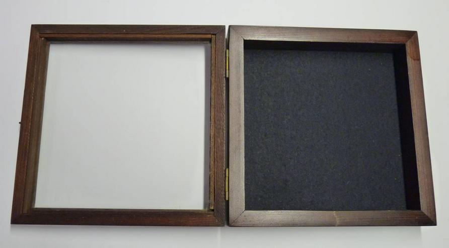 Bildwandkasten aus Holz mit Glasdeckel - Weitere - Bild 1