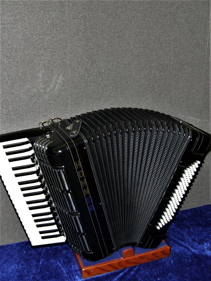 Hohner Akkordeon Morino Plus IV 96 Vorführinstument mit Koffer