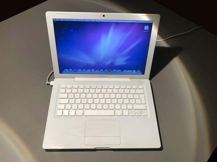 "Apple MacBook 13"" (Late 2006) 2 GHZ Intel Core 2 Duo - Notebooks & Netbooks - Bild 1"