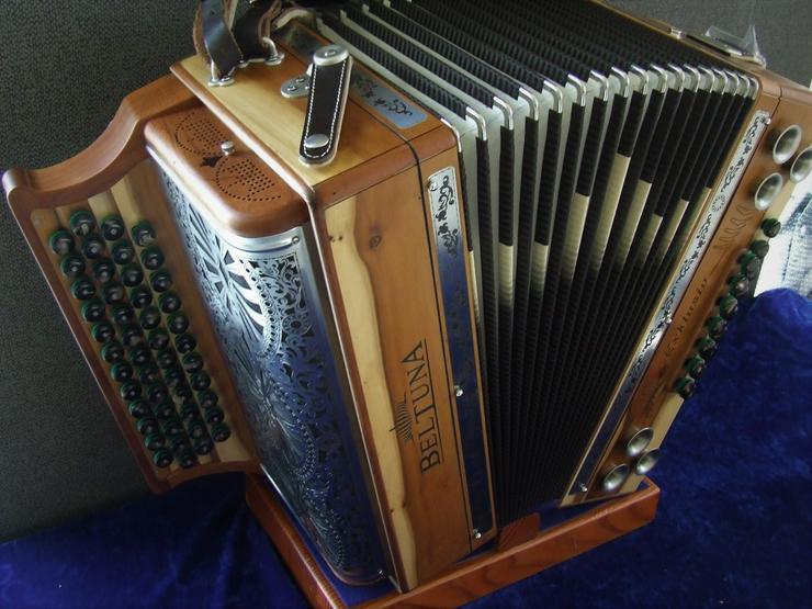 Sterische Harmonika Beltuna Exclusiv IV D Eibe G/C/F/B