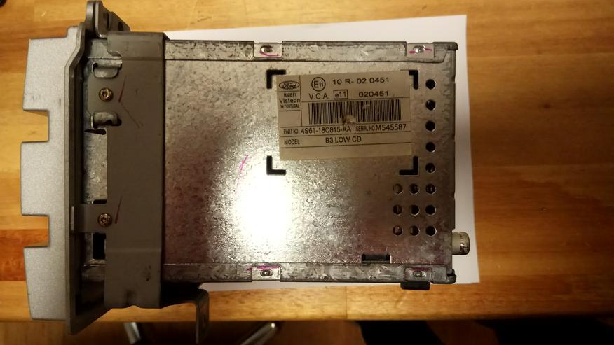 Bild 2: 4500 RDS E:O:N Ford Fiesta original Autoradio mit int. CD-Wechsler gebraucht,MIT CODE!!!