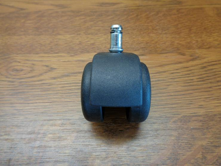 Bild 3: 5er-Satz Stuhlrollen (mit 11mm-Befestigungsbolzen) für weiche Böden