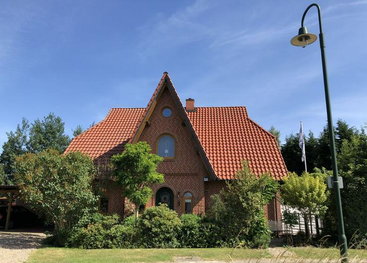 Neuwertiges, exklusives Friesenhaus mit Schwimmhalle im Wendland (Wustrow)