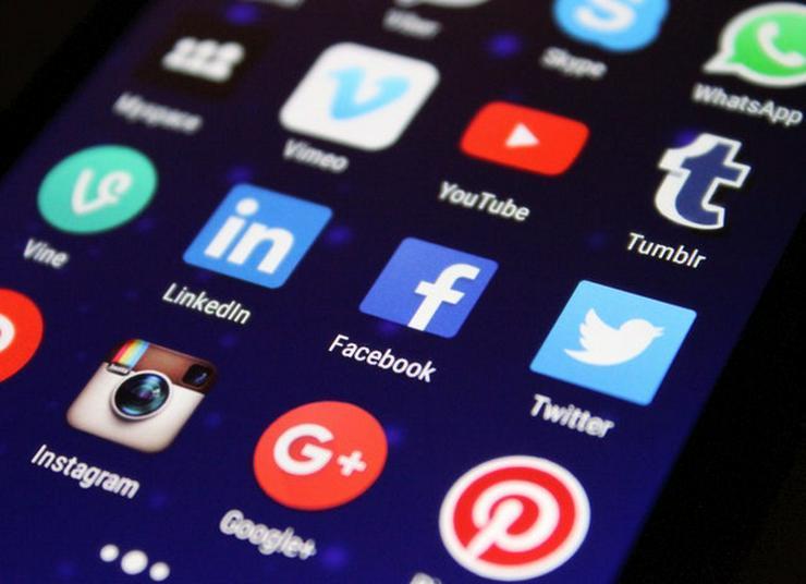 Wie Sie mit Social Media mehr zufriedene Kunden gewinnen