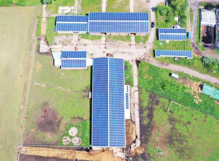 Wir sanieren bundesweit Dachflächen ab 1000m² auf unsere Kosten!