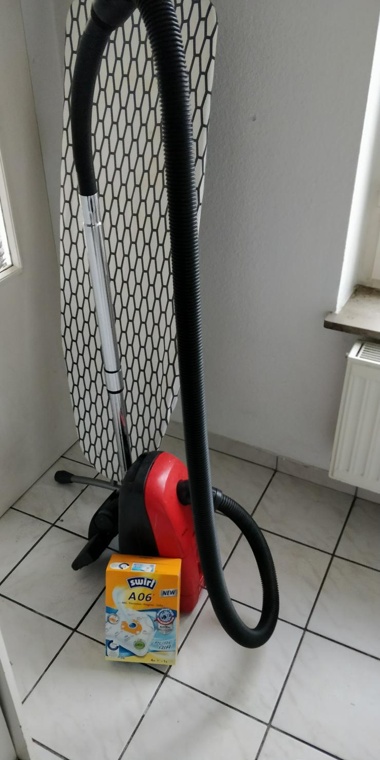 Staubsauger/ Beutel/ Kleiderbügel. Top Preis!!