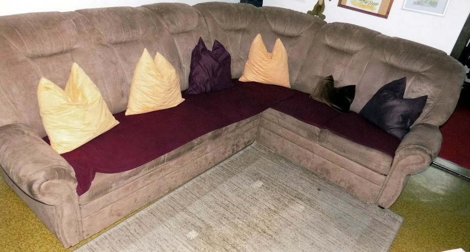 Sehr gut erhaltene Couch- Sitzecke (3 Elemente)  ca. 2,780 x 2,10 mit samtbraunen Stoff