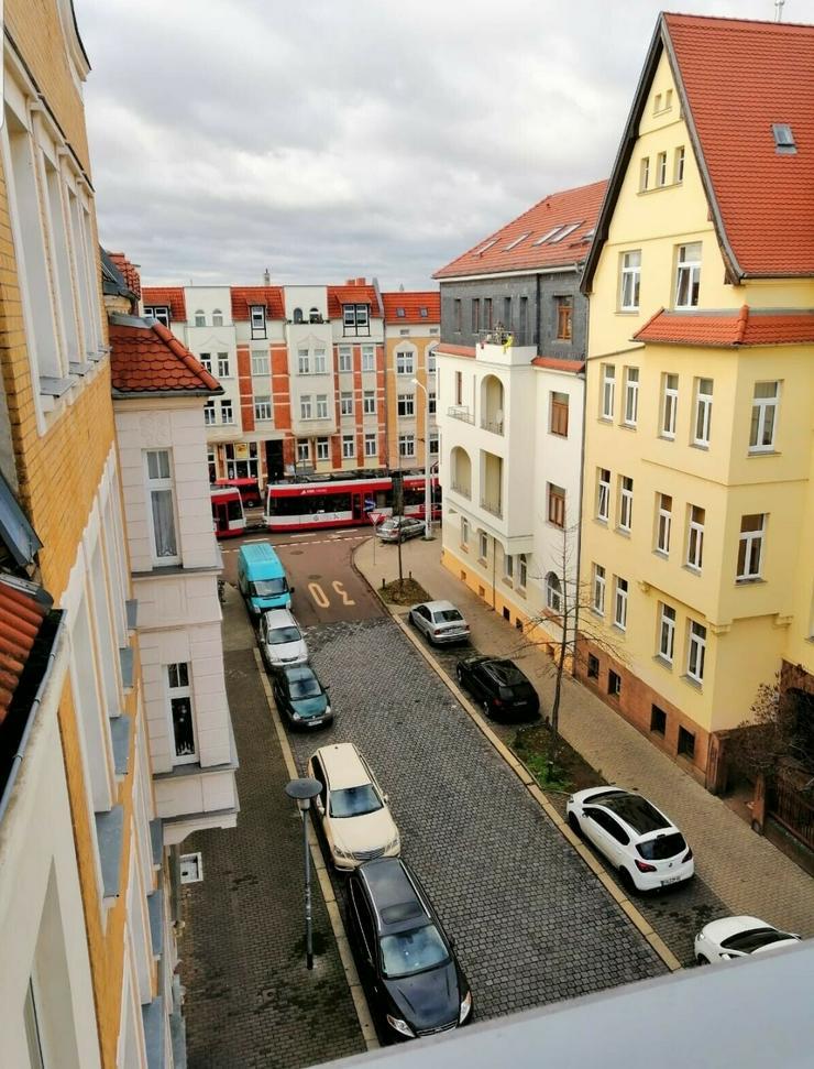 Provisionsfrei! Grundriss 4-Zimmerwohnung mit großem Balkon ETW