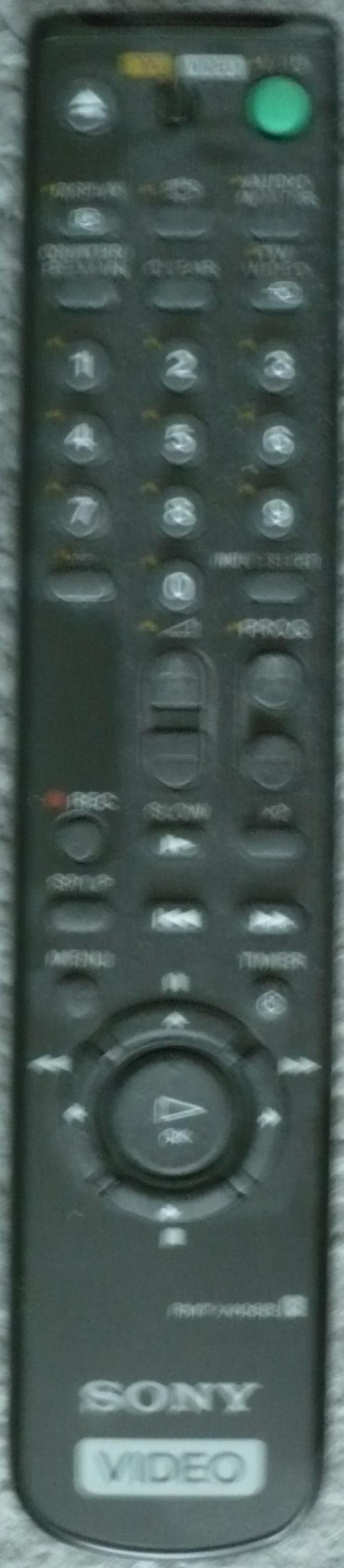 Bild 2: VHS Recorer Sony + Original Filme