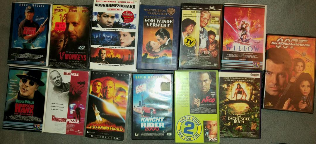 Bild 4: VHS Recorer Sony + Original Filme