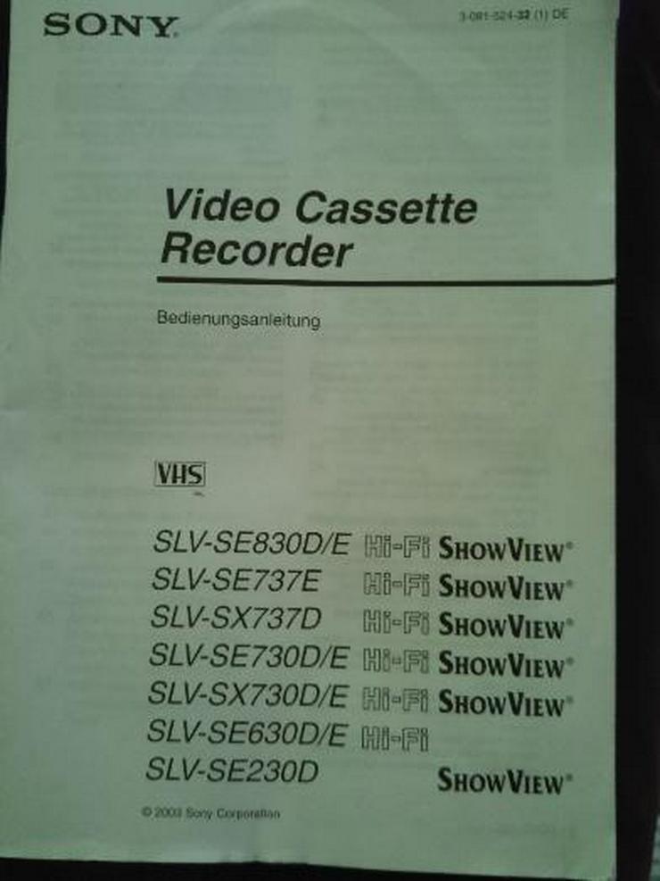 Bild 3: VHS Recorer Sony + Original Filme
