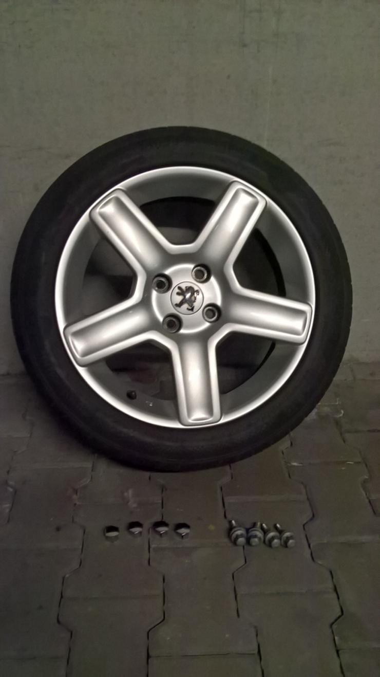 Original Peugeot Challenger Alufelgen 17 Zoll