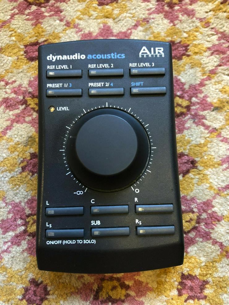 Bild 2: 2 x Dynaudio Air 20 studio monitors (master + slave) & Remote Control