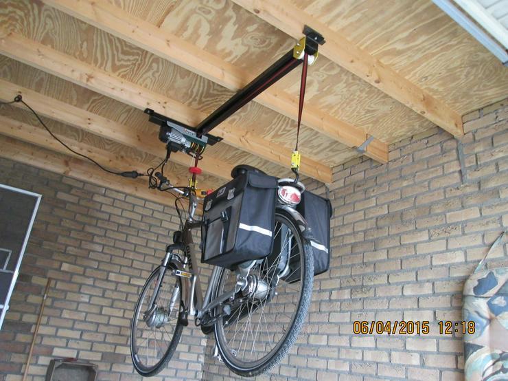 Bild 2: Elektrischer Fahrradaufzug Fahrradseilzug   Deckenlift