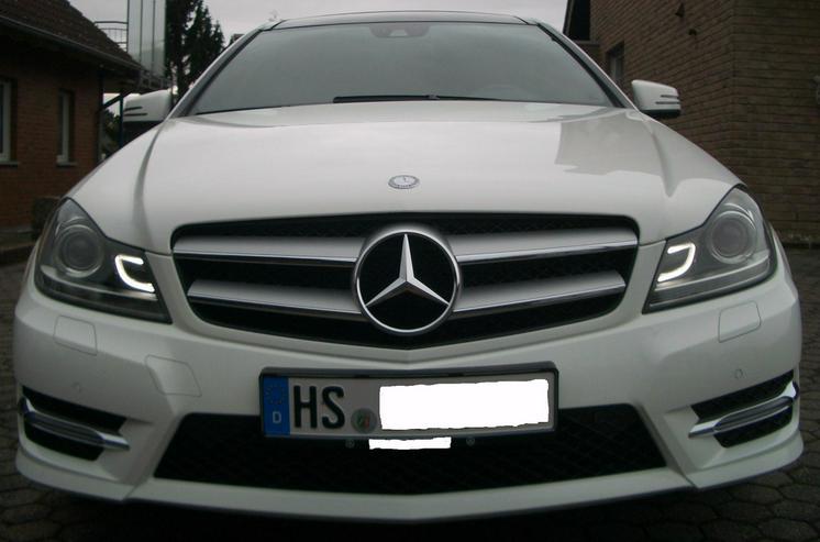 Bild 2: 180 C Coupe, weiß, Panoramaschiebedach, AMG Austattung