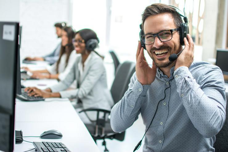 Kundenberater / Call Center Mitarbeiter (m/w/d) in Celle