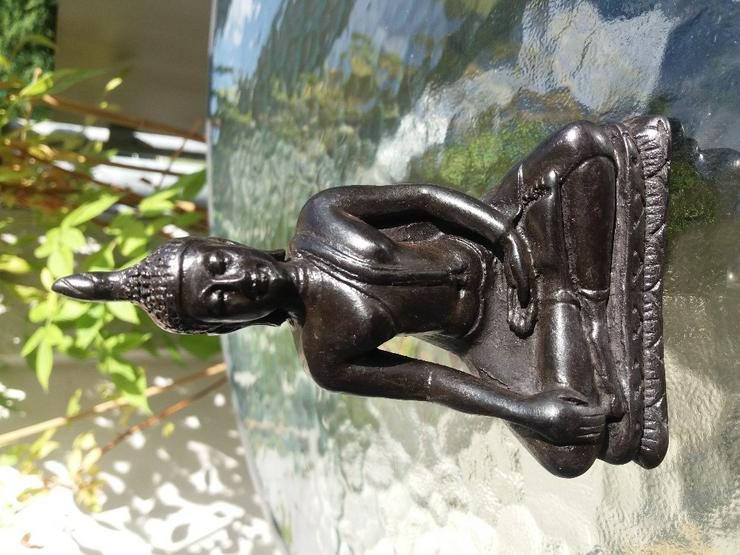 Buddha Budda Statue Dekofigur Meditation sitzend 12 cm - Figuren & Objekte - Bild 1