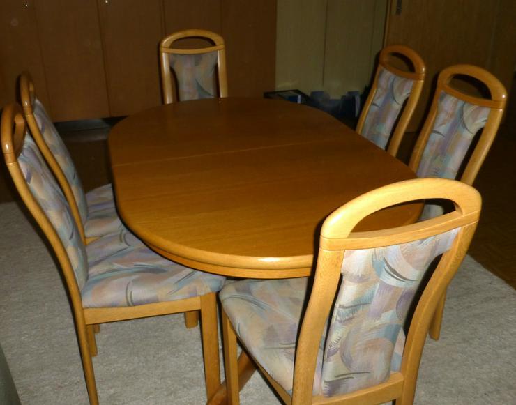 ovaler Auszugstisch (eiche hell massiv) und 6 Stühle