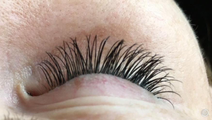 Models  für Wimpernverlängerung 2-4D werden dringend gesucht - Schönheit & Wohlbefinden - Bild 1