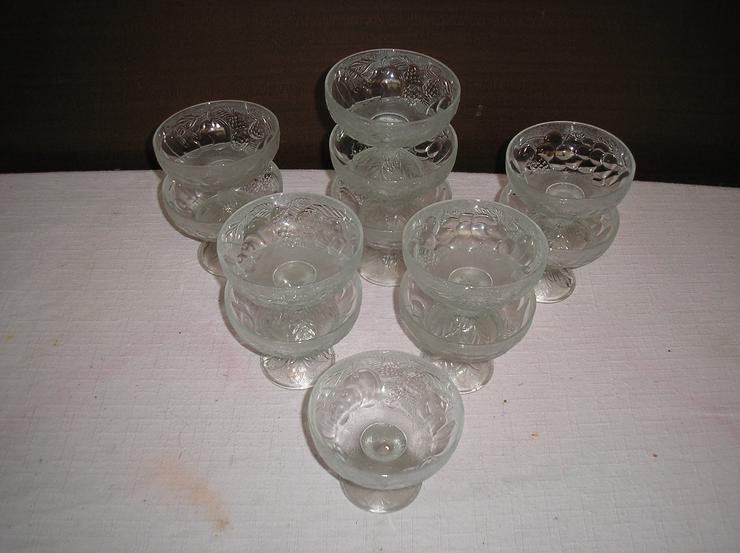 Bild 5: 4 Kartons voller schöer Glasartikel