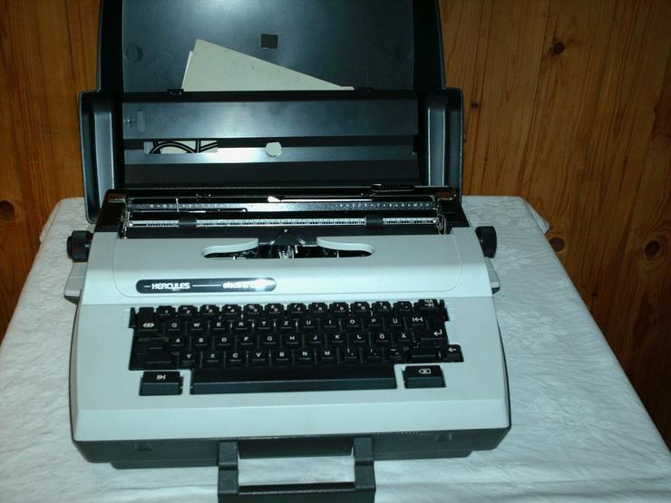 Elektrische Schreibmaschine HERCULES electric LC, funktionsfähig