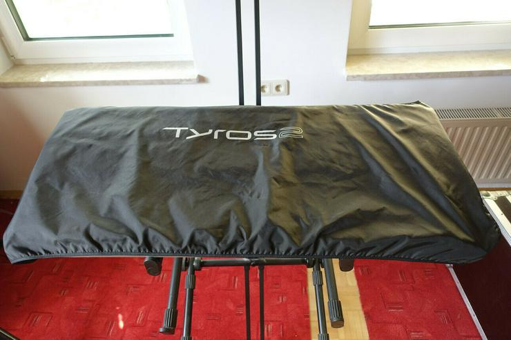 Bild 2: Yamaha Tyros 2 Abdeckhaube / Staubschutz
