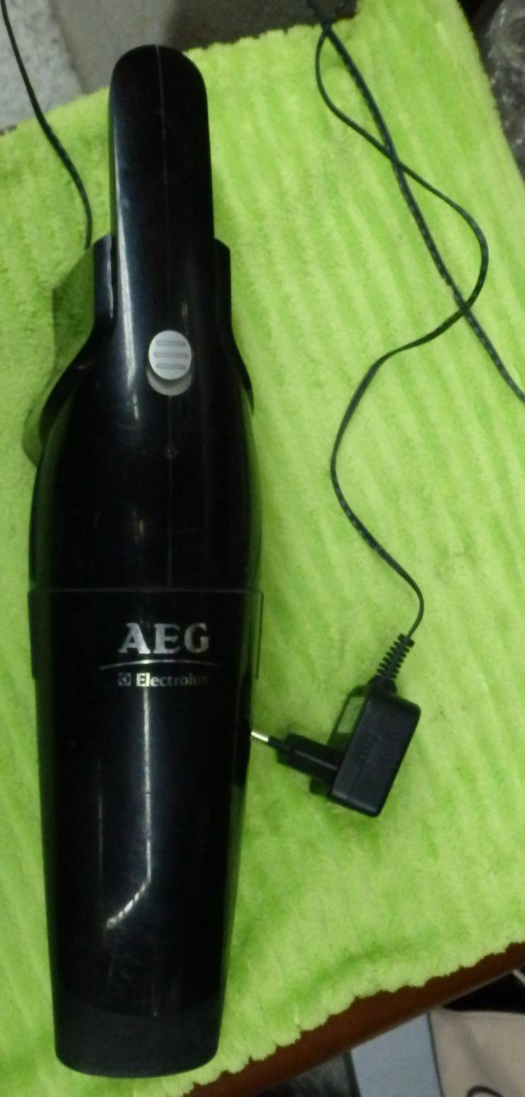 AEG-Akkuhandsauger