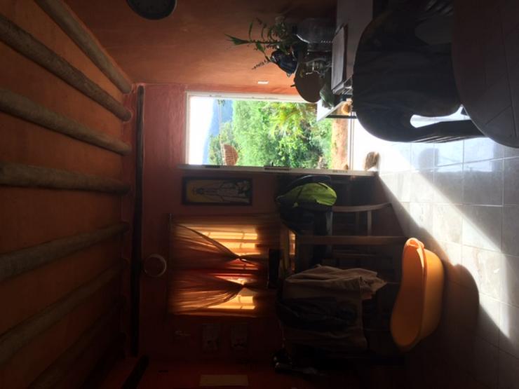 Bild 3: Karibik, neues Haus am Berg