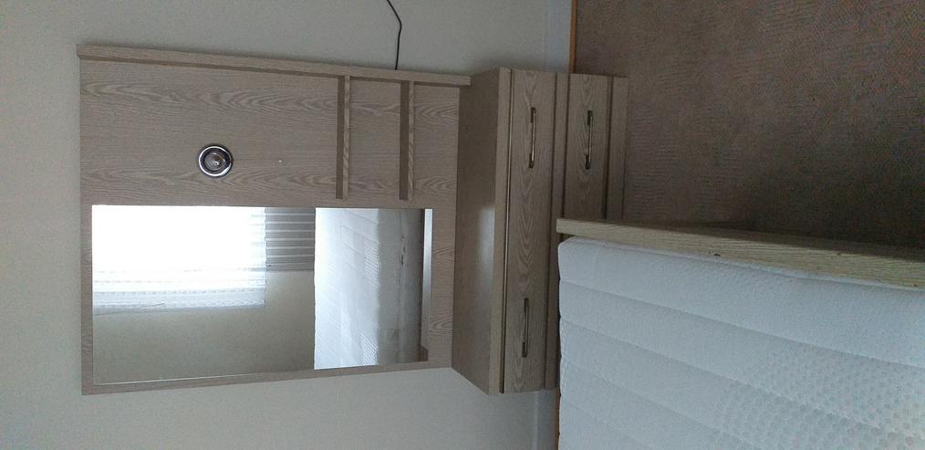 Bild 6: Möbel zu verschenken