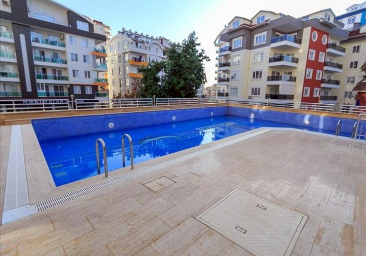 Bild 3: Türkei, Alanya, 2 Zi. Luxus Wohnung, möbliert, Pool, Hallenbad, zentrale Lage, ca. 750 m zum Strand, 315