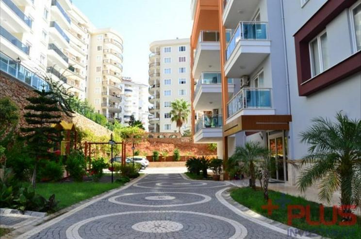 Bild 2: Türkei, Alanya, 2 Zi. Luxus Wohnung, möbliert, Pool, Hallenbad, zentrale Lage, ca. 750 m zum Strand, 315