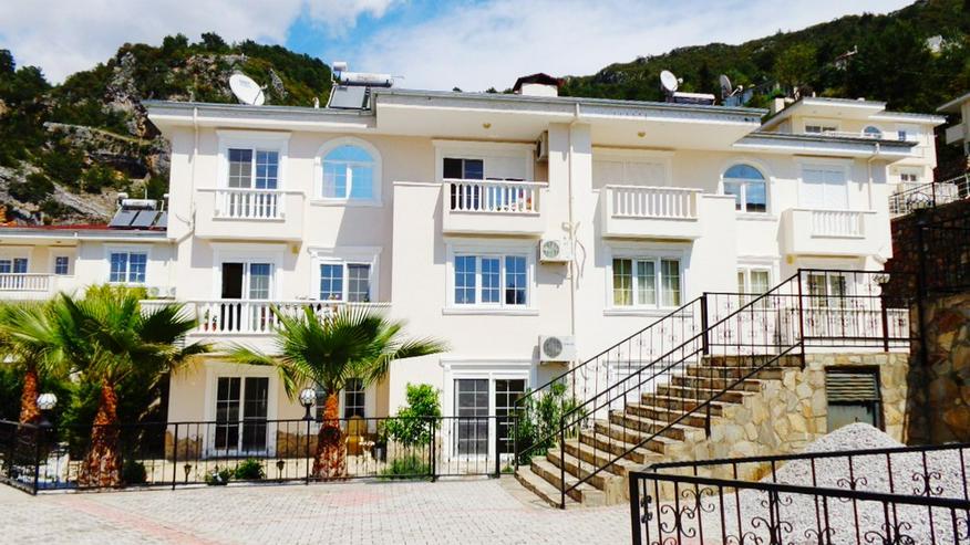 Türkei, Alanya, 8 Zi. Villa, 270 m², Gemeinschafts Pool, traumhafte Aussicht und herrlich ruhig gelegen, 49
