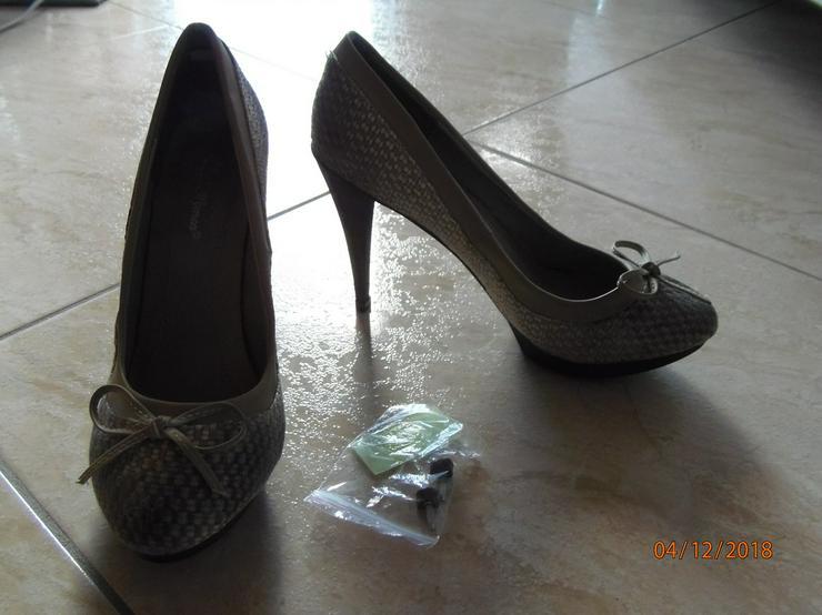 Stoff, Gr. 39, Schöne Sommer Schuhe, Absatz ca. 10cm mit Plateau, Neu