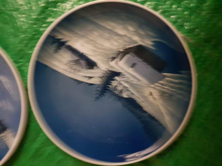Bild 2: 2 Rosenthal Sammlerteller!!Weihnachten!!!!Siehe Bilder!!! Wandteller!!!