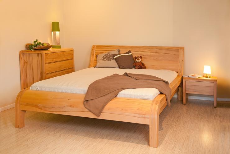 Zirbenbetten, Vollholzbetten, Massivholzbetten, Naturlatex, Naturkautschukmatratzen, BIO - Betten - Bild 1